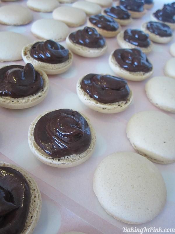 coffee&darkchocolatemacarons
