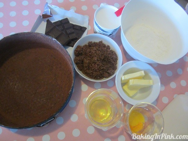 chocolatecakeingredients