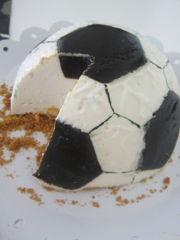 Lemon Licorice Football Cheesecake